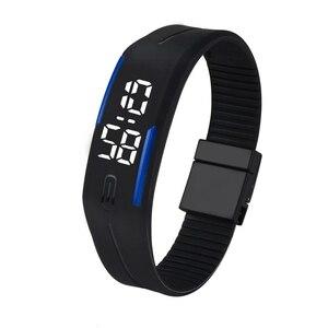 LEDデジタルウォッチ (腕時計) メンズ レディース 男女兼用 生活防水 シンプル スポーツ ウォッチ 黒×青