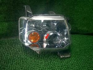 トッポ ジョイフィールド DBA-H82A 右ヘッドランプ ヘッドライト P8619 8301B534