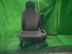 トッポ ジョイフィールド DBA-H82A ドライバーシート 運転席 6901B000XD/6911A884XA