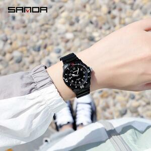 【中古売ります】【最安値に挑戦】三田新高級ファッションスポーツメンズ防水デジタルクォーツクラシック腕時計レロジオfeminino 6011