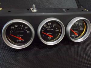 【中古】オートメーター 3連 電圧 油圧 水温 約62Φ レース サーキット ドリフト ワイスピ スポコン 旧車 アメ車 JDM USDM Auto Meter /⑥