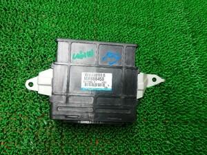 三菱 タウンボックス U61W エンジンコンピューター MR988458