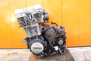 27917 XJR1200 4KG-0081** エンジン 本体