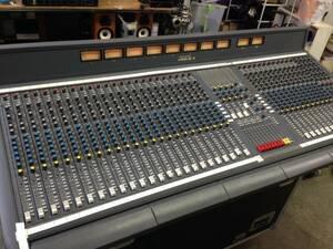 yw210722-004F Soundcraft VENUE mono36ch Aux6ch matrix8ch アナログミキサー CPS750専用電源 インサート用Yパラケーブル付き 現状品
