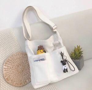 ショルダーバッグ キャンパストートバッグ ホワイト 帆布バッグ ボディバッグ 白 男女兼用 韓国 ファッション 新品未使用