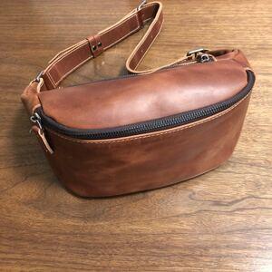 値下げ! 新品未使用 カウレザー 本革 ユニセックス ボディバッグ bag ブラウン