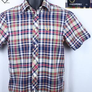 《郵送無料》■Ijinko◆美品◆フレッドペリー ・FRED PERRY XS サイズ半袖シャツ