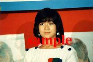 岡田有希子写真 L版一枚 56