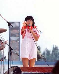 岡田有希子写真 L版一枚 93