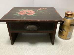 これぞ昭和レトロかわいいかわいい子供用机、絵柄、ままごと、花台、ちゃぶ台、