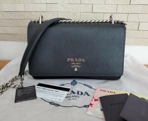 【超美品】プラダ PRADA サフィアーノレザー ショルダーバッグ 1BD009 NERO ブラック 未使用に近い