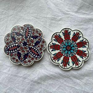 トルコ陶器製コースター2枚セット iznik0305トルコ 飾り皿手描きコースタータイル風コースターキッチン雑貨