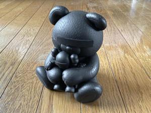 希少 undercover × kaws × medicom toy bear kaws companion フィギュア アンダーカバー カウズ メディコムトイ 目隠しベア コンパニオン
