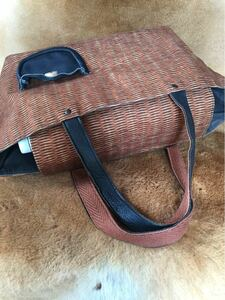 カゴバッグ風トートバッグ*肩掛け可能*未使用品レベルのお品物*ショルダートートバッグ