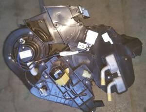三菱 ミニキャブ トラック GBD-U62T 3G83 エアコンユニット ヒーター ASSY CAC001A015A 7801A808 中古品 作動確認