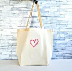 トートバッグ ワイドマチ ピンクのハート 手刺繍 生成り エコバッグ ショルダーバッグ コットン ハンドメイド