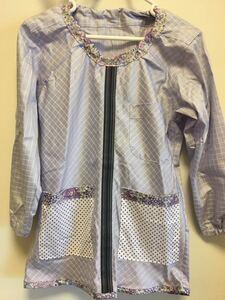 ●ハンドメイド●ワイシャツリメイクスモック 小学校 図工 習字 花柄 紫色 女の子