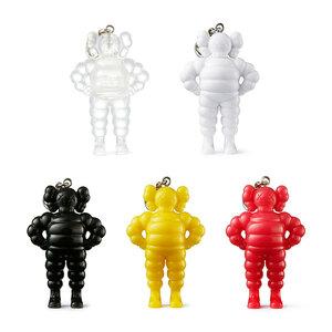 KAWS TOKYO FIRST キーホルダー KAWS CHUM KEYHOLDER 5点セット(Clear, White, Black, Yellow, Pink) カウズ ピンク ホワイト イエロー