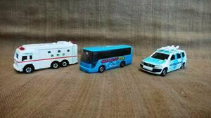 トミカ NO.97 トヨタ プロボックス ミッキーマウス NO.116 スーパーアンビュランス NO.41 イルカスイミングスクール バス 3台 まとめ売り