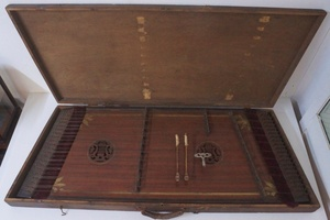 h185◇ツィンバロン 詳細不明 古楽器 ジャンク品