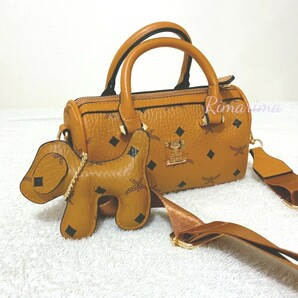 犬チャーム 2way ショルダーバッグ  茶色 ハンドバッグ ボストンバッグ5