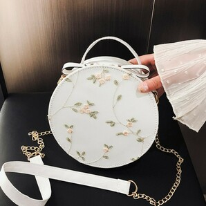 新品 花柄 刺繍 ショルダー バッグ 2way 丸型 ホワイト 白 韓国 海外2
