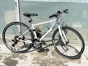 GIANT(ジャイアント)ESCAPE ☆クロスバイク アルミフレームR3 24段シマノ変速ギア搭載