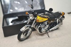 PMA Kawasaki Z1 900 Super4 1/12 バイク
