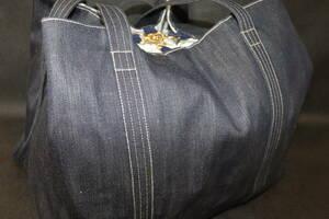 ●ハンドメイドバッグ【2021062615】●ビッグヘルメットバッグ●セルビッチデニム製/裏地中綿キルト花柄コンビ●