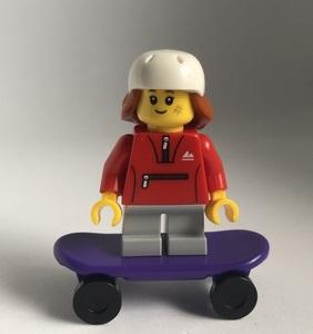 即決 新品 未使用 レゴ LEGO ミニフィグ タウン スケボー 女の子 ジャージ スケーター スケートボード ミニフィギュア シティ レゴT