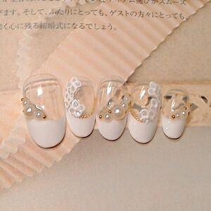 ネイルチップ 白フレンチ ジェル仕上げ ジェルお花アート ブライダルネイル 付け爪