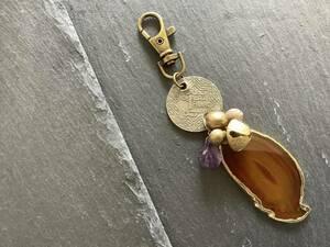 茶瑪瑙とモロッコアンティークコインのキーホルダー アメシスト キーチャーム ビンテージ