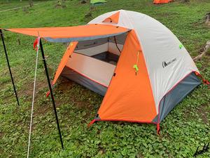 【通気性抜群】 テント 広々空間 自立式 メッシュ素材 ベンチレーター 軽量 コンパクト ソロ ツーリング アウトドア キャンプ オレンジ
