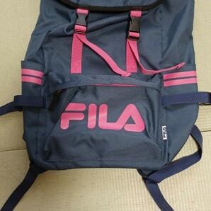 新品FILA リュック 紺 ピンク