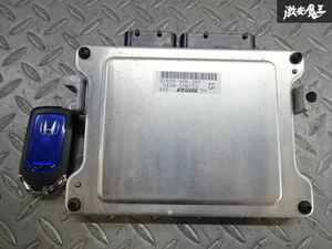 保証付 ホンダ純正 GP5 フィット エンジン コンピューター 37820-5P6-J87 キーレス付 棚2A38
