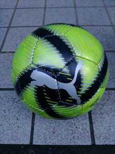 サッカーボール 4号フットサル向け