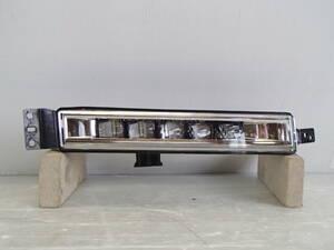RU1/RU2/RU3/RU4 中期 ヴェゼル ハイブリッド RS 純正 右 LED フォグ ランプ ライト W2885 平成28年2月~平成30年2月【21-1043】