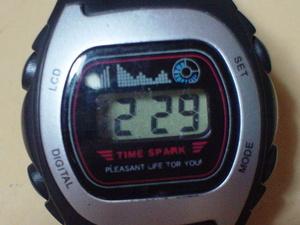 珍品 TIME SPARK デジタル時計 角型 シルバー