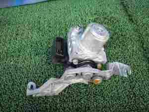 RG2 ステップワゴン ABSアクチュエーター330738JJ