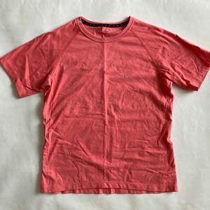★ NIKE DRYFIT トレーニング Tシャツ