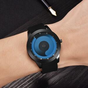 男性のミニマリストウォッチメッシュバンドステンレス鋼アナログクォーツ腕時計高級シルバー腕時計男性レロジオYWQ978