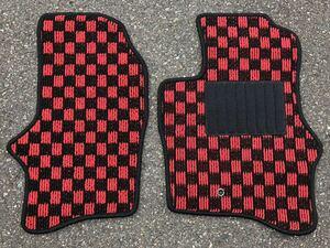 ■送料無料■ミツビシ ミニキャブ トラック U61T U62T チェック 黒赤 フロアマット カーマット 新品(年式:H18年4月~H26年2月)