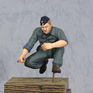 [PF6] 1/35 フィギュア 完成品 WW2 ドイツ軍 武装親衛隊 戦車兵 整備士 作業ツナギ