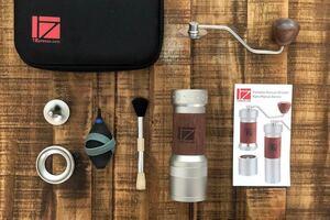 日本未発売 新品1Zpresso K-PLUSワンゼットプレッソ コーヒーグラインダー コーヒーミル ブラウン