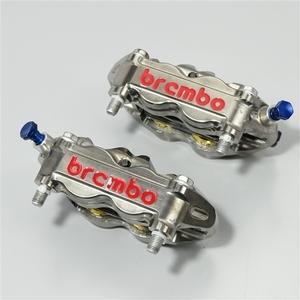 ♪ブレンボ CNC モノブロック ラジアルマウントキャリパー ニッケルコート/チタンピストン φ32/36mm 100mmピッチ 希少品 (A0817A06)RSV4