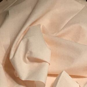 シーチング? 生地 薄いサーモンピンク 110×50