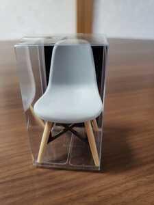 椅子のミニチュア新品未使用品