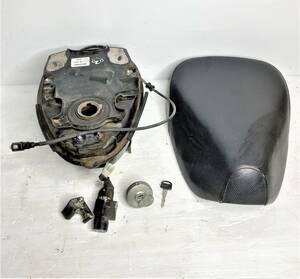 【AA04】ホンダ タンク シート キーシリンダー タンクキャップ メットホルダー 鍵有/tank seat key setI2102-01-01