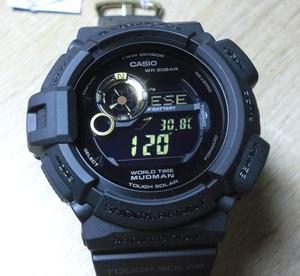未使用展示 お宝 カシオ Gショック G-9300GB-1DR 黒金 ブラック&ゴールドカラー 方位 温度計測可能 タフソーラー G-SHOCK MUDMAN