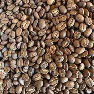 グアテマラ産のコーヒー豆200gです。中深煎りに焙煎しました。コクと酸味のバランスが良く、とても人気のコーヒー豆です。